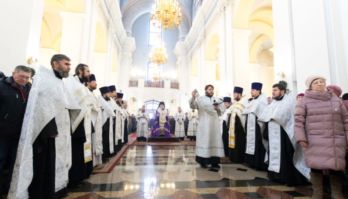 Настоятель Воскресенского храма принял участие в соборном Рождественском молебне