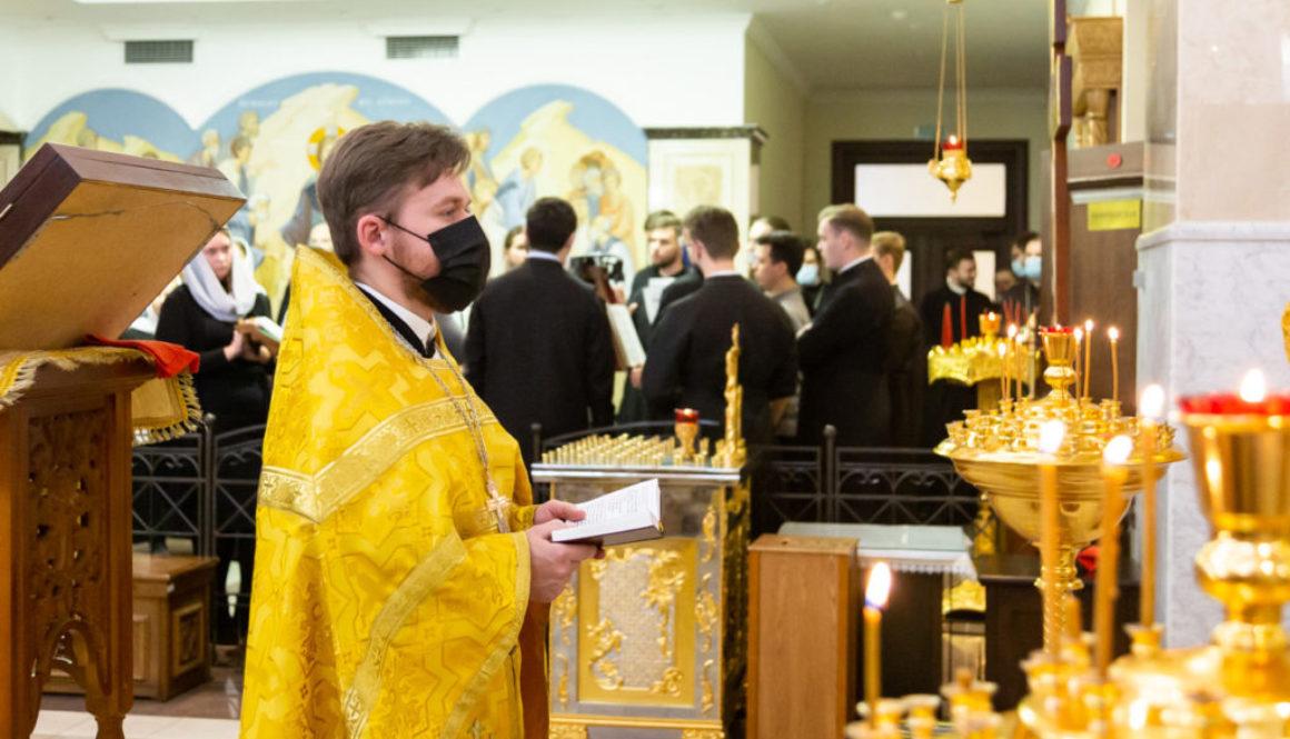Клирик Воскресенского храма иерей Дионисий Андреев принял участие в торжествах по случаю актового дня Минской духовной академии