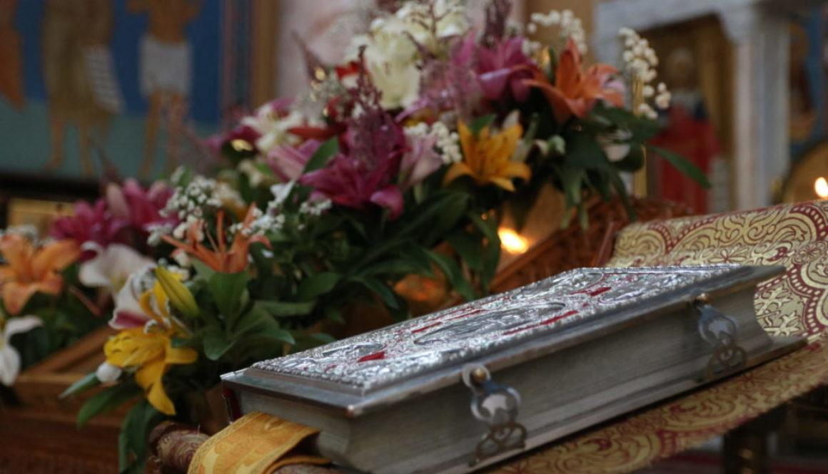 В канун Недели 3-ей седмицы по Пятидесятнице настоятель совершил всенощное бдение в храме Воскресения Христова города Витебска