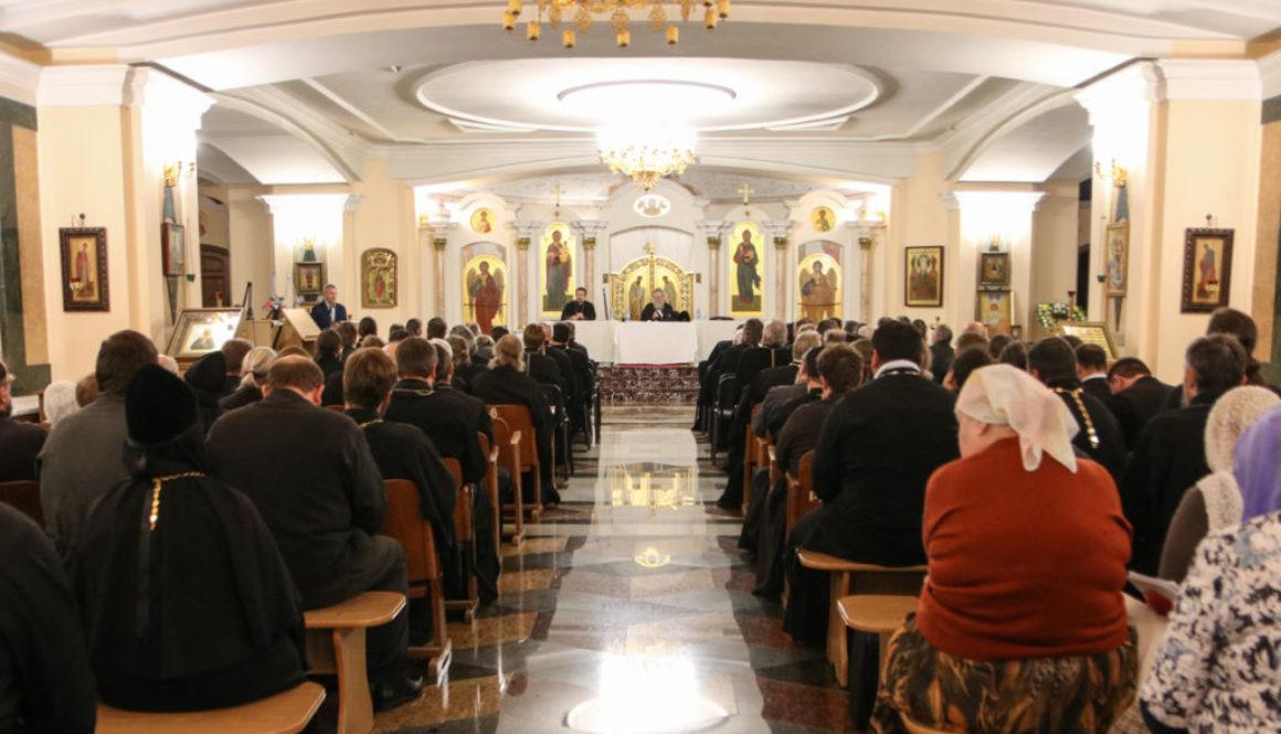 Настоятель и клирики храма Воскресения Христова приняли участие в собрании духовенства Витебской епархии
